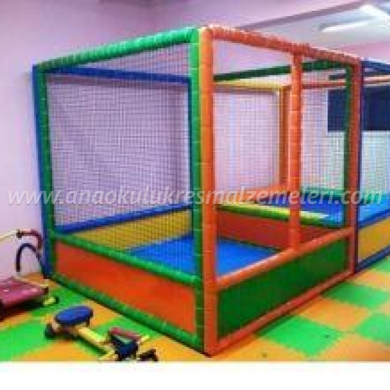 Softplay Trambolin ve Top havuzu
